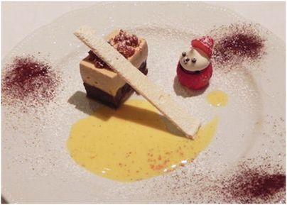 栗とチョコレートのムース ローズマリー風味のソース